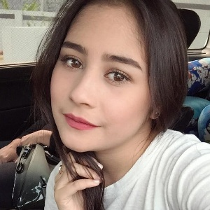 Prilly Latuconsina Biography, Age, Height, Weight, Family, Wiki & More