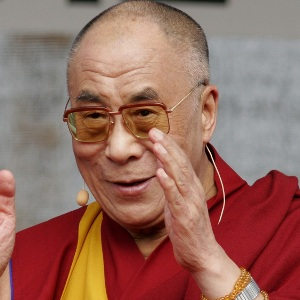 14th Dalai Lama Biography, Age, Height, Weight, Family, Wiki & More
