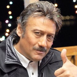 Jackie Shroff Biography, Age, Wife, Children, Family, Caste, Wiki & More