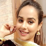 Sunanda Sharma (Punjabi Singer) Age, Height, Boyfriend, Family, Wiki & More