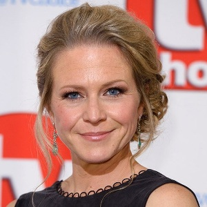 Kellie Bright Biography, Age, Height, Weight, Family, Wiki & More