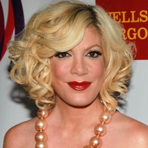 Tori Spelling Biography, Age, Height, Weight, Family, Wiki & More